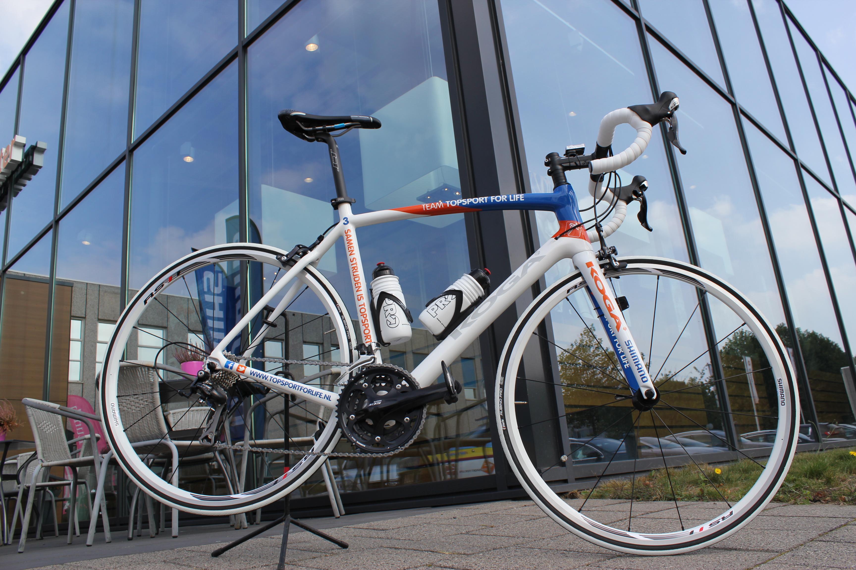 Topsport for Life - fietsenoverdracht - IMG_9322