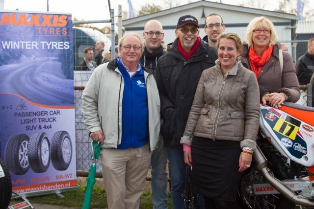 V.l.n.r. teamarts Joop Berden, Robert Scholtens, Jan Scholtens, Stephan Scholtens, Judith Soons en Marion Wispelwey