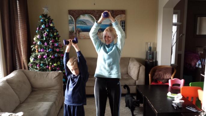 20141223 - Topsport for Life - Jetty ziek thuis toch aan de gewichten