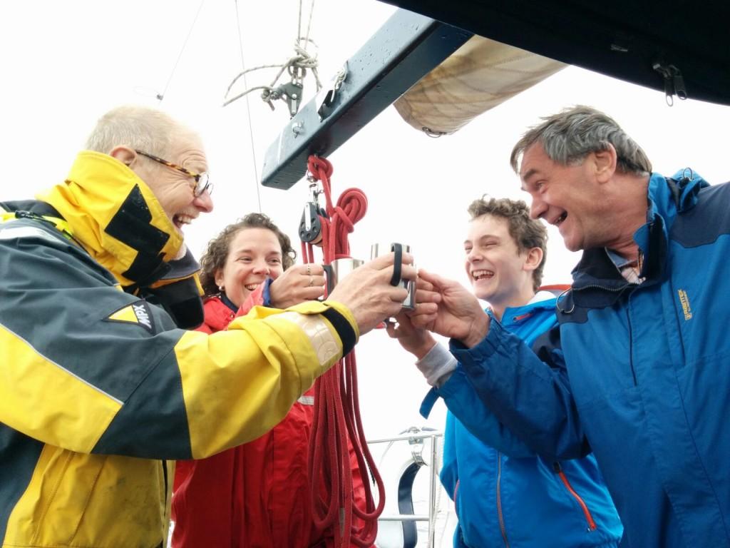 Topsport for Life - Samen voor de wind - Kankerpatiënt Dirk (rechts) geniet met volle teugen..