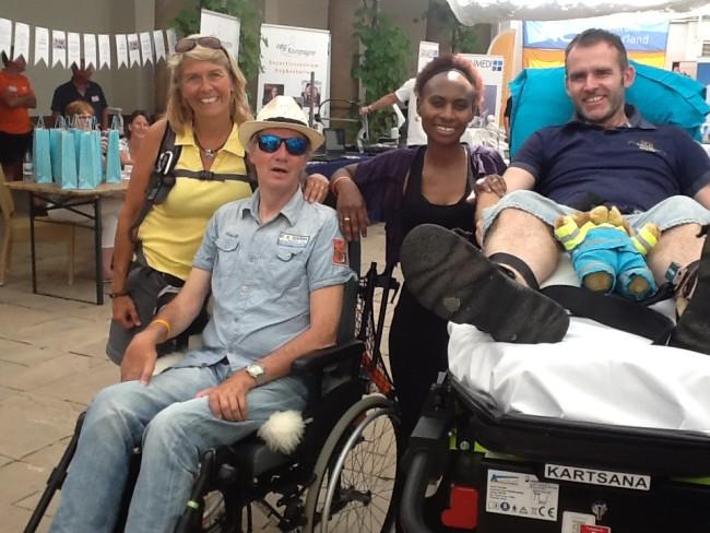 Wereld ALS Dag, 19 juni 2017, 1 dag voor Ton's overlijden dus. V.l.n.r. Carla, Ton, Shukry en Elvin Poort