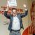 Voorzitter Miel in 't Zand heeft zojuist de cheque t.w.v. €7.000 in ontvangst genomen.
